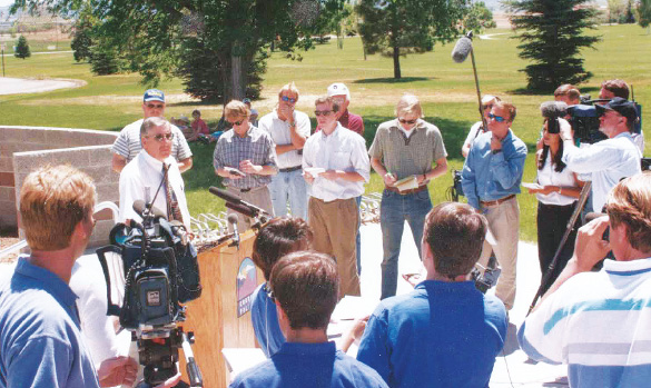 Cortez Police Chief Roy Lane at a press conference in 1998.